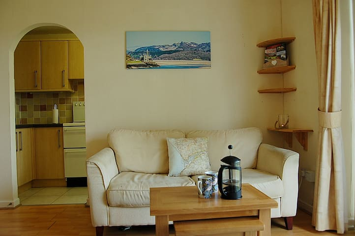 Harlech Bolt Hole Apartment