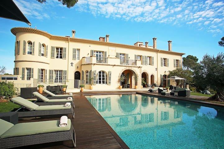 Chateau d'Azur