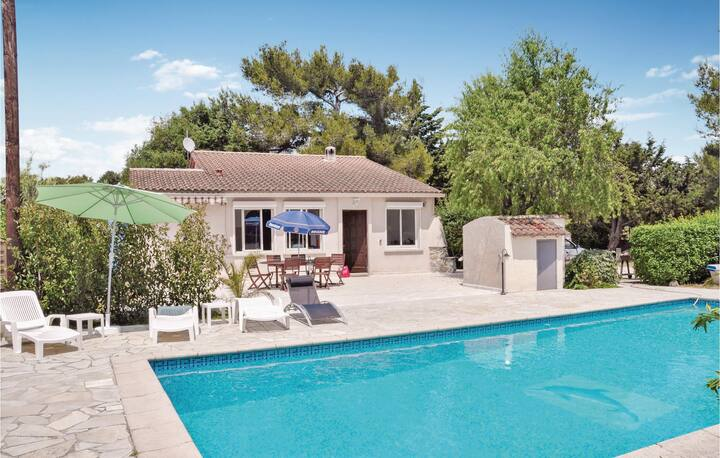 Amazing home in La Seyne Sur Mer with WiFi and 3 Bedrooms