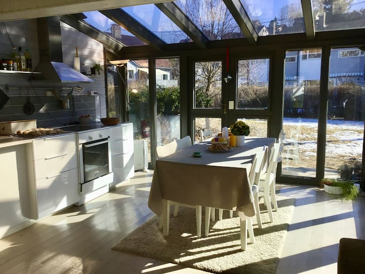 Charming old house with garden in central Voss