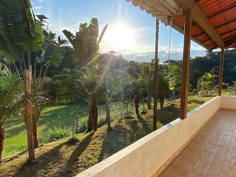 Refúgio de lazer e tranquilidade - Fazenda Analina
