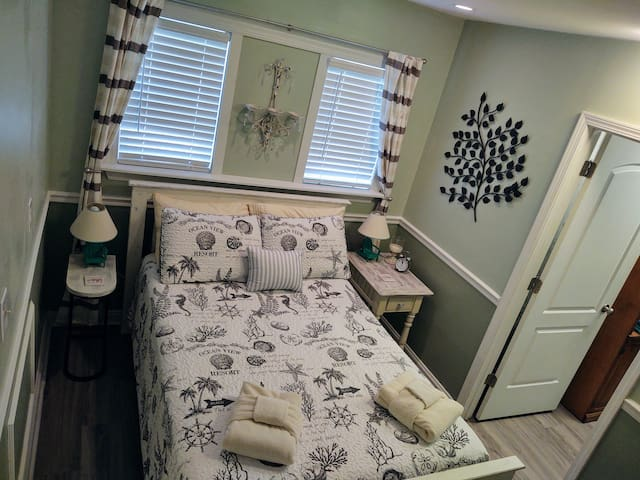 Full size bed with all linens provided.