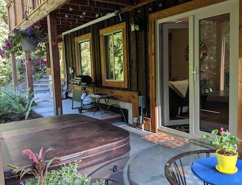 Forest Haven BNB: Suite privada y bañera de hidromasaje