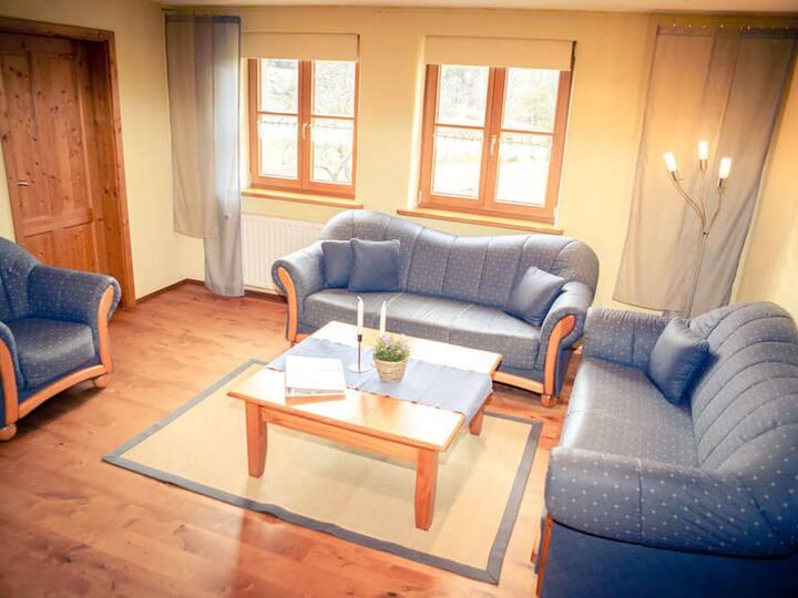 Fehrenbacherhof - Naturgästehaus Ferien - Feiern - Fortbilden, (Lauterbach), Ferienwohnung, 80qm, 2 Schlafzimmer, max. 5 Personen