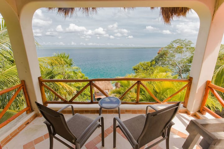PRIVATE SUITE with The BEST view in Bacalar