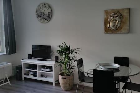 Modern apartment also for long stay - Nieuwegein - Huoneisto