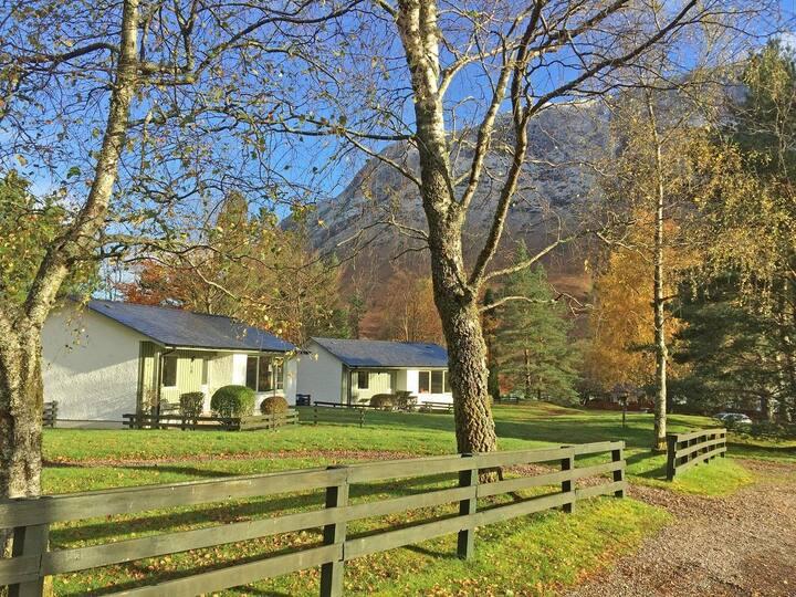 Detached Superking Cottage 10, Glen Nevis