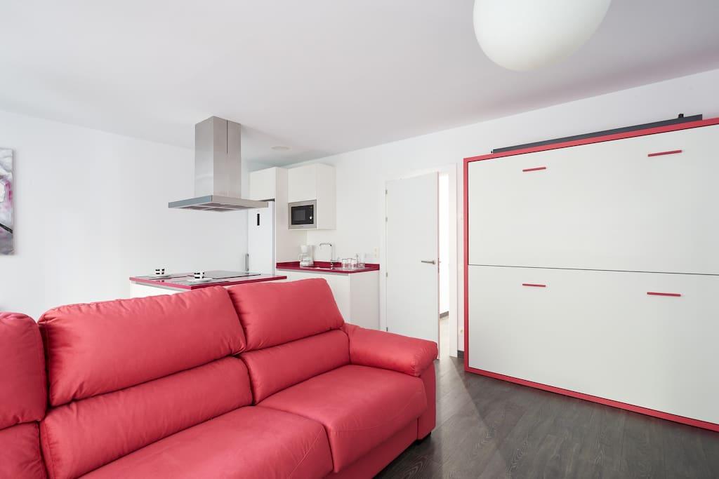 Piso capricho en plaza emblem tica apartamentos en for Compartir piso pamplona