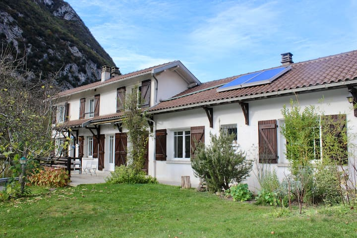 Maison Vue Montcalm. A charming holiday home.