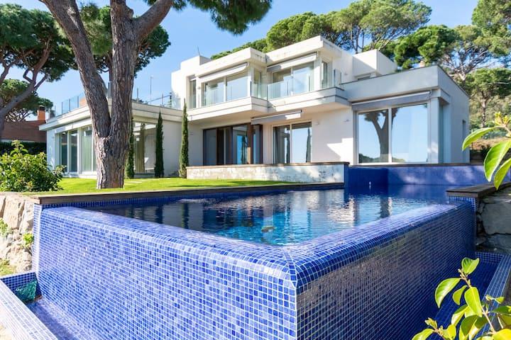 ★ CoastalVillas - Villa La Calma ★ beach luxury