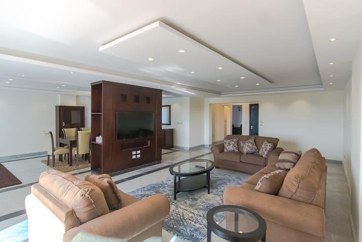 Antoniadis Luxury Apartment 1