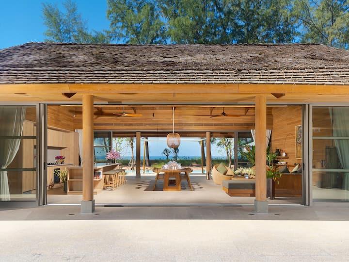 Beachfront The Pines, 4BR, Natai Beach w/ chef