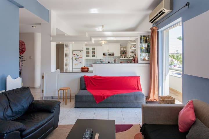 Room near beach and city center - Rethymno - Квартира