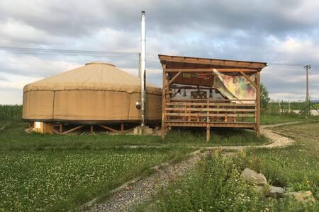 Jitro v jurtě v Palkovicích