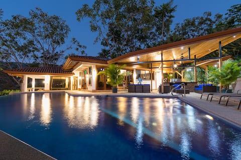 Sea Breeze -  Luxury Ocean View 100 Acre Estate