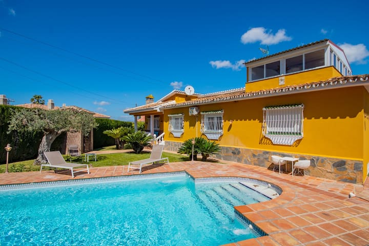 Cubo's Villa El Sauce