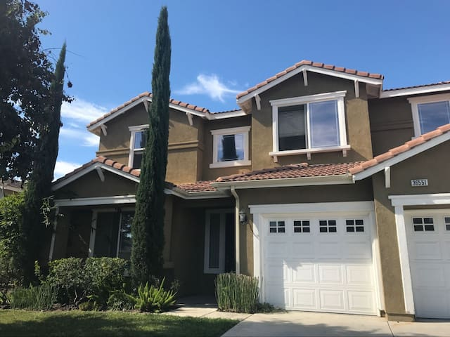 A Slice of Paradise in Murrieta, CA - Winchester