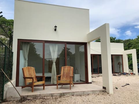 BRAND NEW HOME OCOTAL 3 km from Playas del COCO