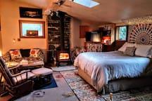 Fisher's Peak Retreat & 30 Acres