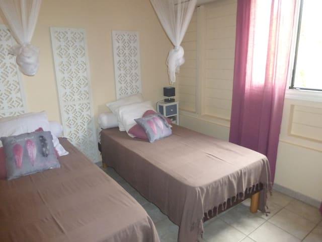 Chambre double (possibilité de lit King Size)
