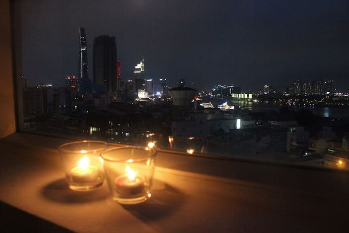 River view 2br flat only 5mins to city center - Ho Chi Minh - Apartament