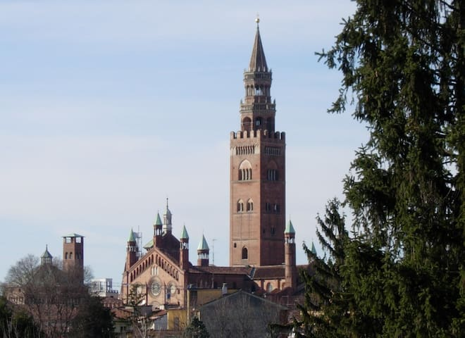 Romantico bilocale con vista Torrazzo