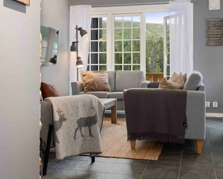 Moderne leilighet med Ski in/out i Trysil 6-8 pers