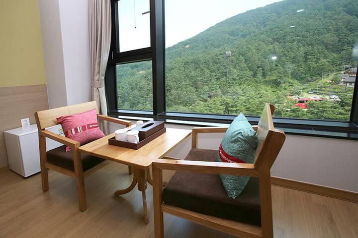 지리산 산청 동의보감테마파크에 있는 최고급 호텔 스탠다드B