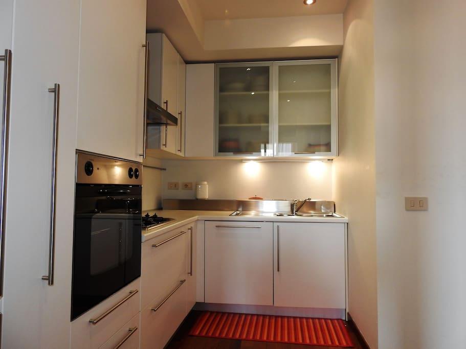 Lussuoso appartamento in centro con garage appartements for Garage con appartamento in cima