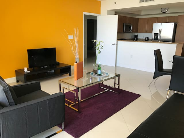 Homey 1 BR Apartment in Brickell by Dharma
