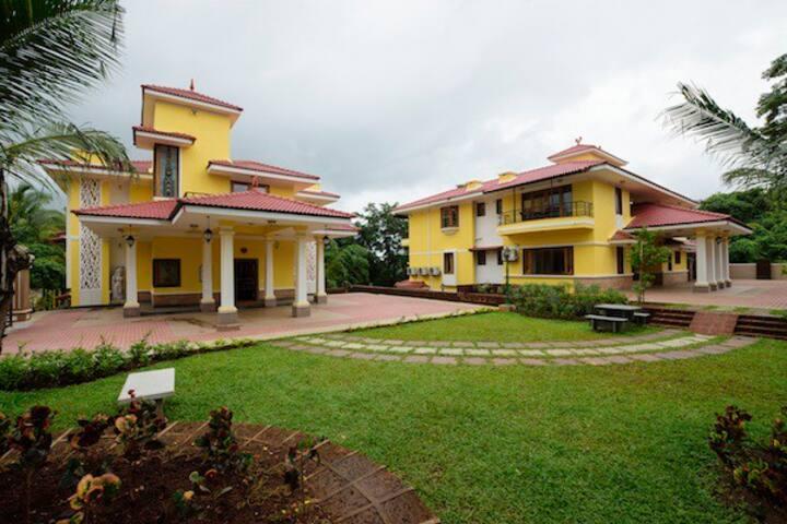 """""""Villa Amor"""", 4 Bhk Luxury Villa in Goa"""