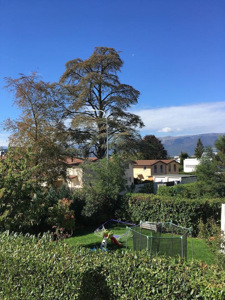 La Casa  #Palexpo #UN #WHO #WTO #Geneva