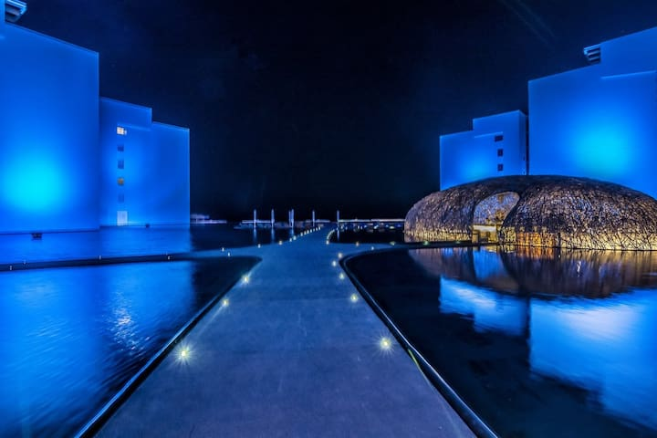 VICEROY HOTEL / STUNNING LOS CABOS  PH