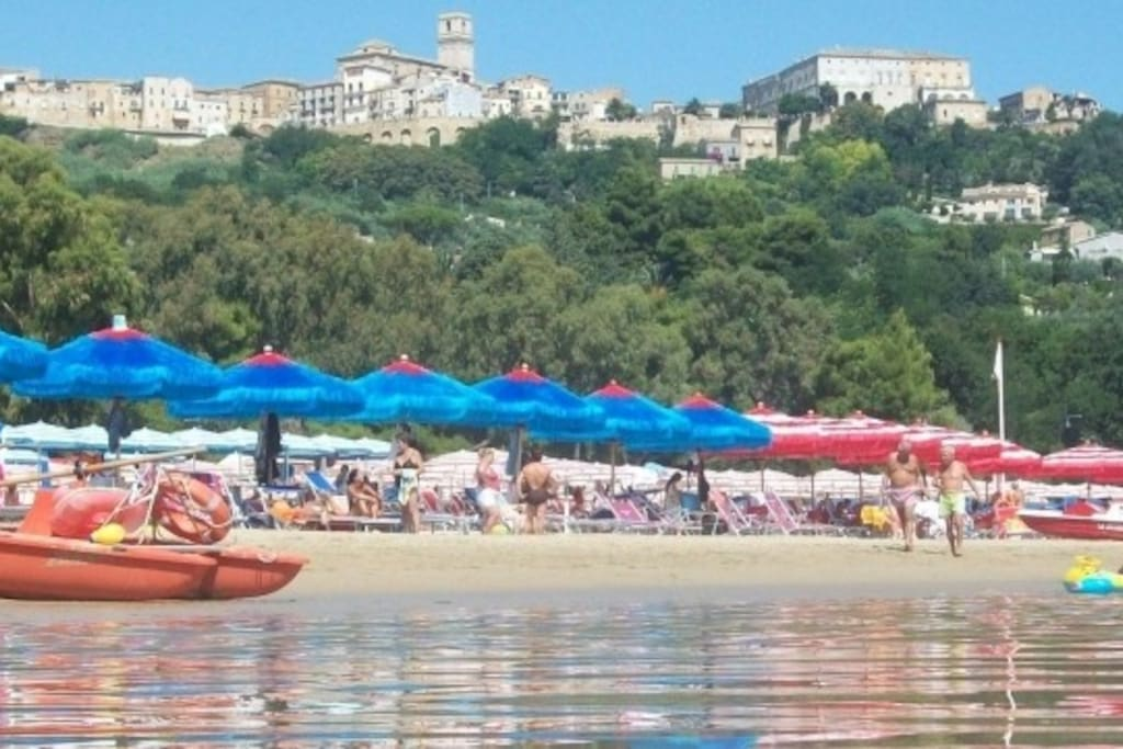BLUE FLAG BEACHES free or paid with services 5 minutes by bus or car  / 20 minutes walk