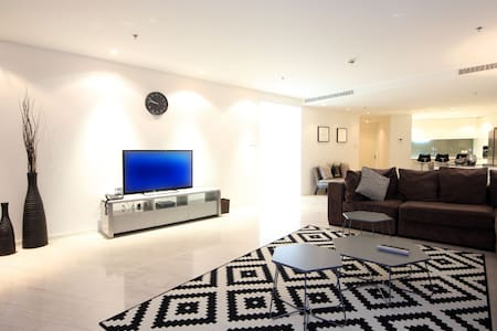 Signature Holiday Homes- Luxury 3BR Apartment, D1 Residences - Dubai - Appartement