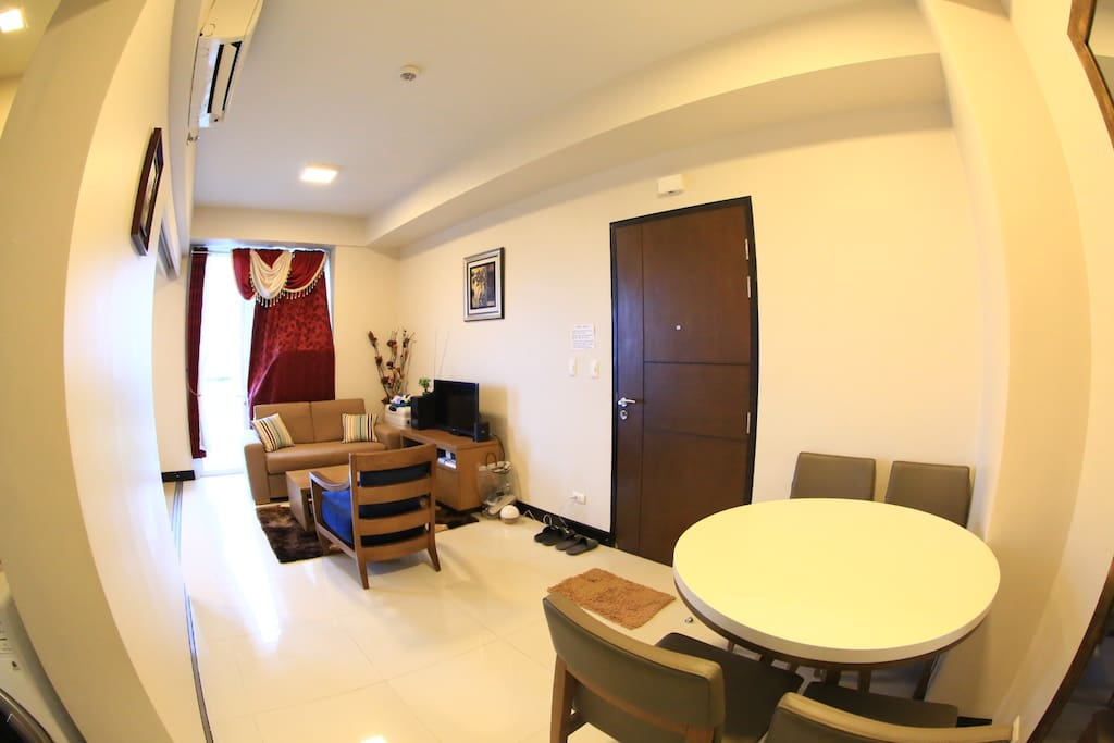 Living and Dinning rm