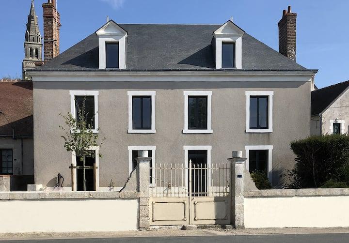 CHEZ LULU, maison de bourg vue sur le Beuvron