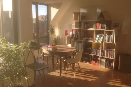 Bright and central appartment in Brussels - Sint-Jans-Molenbeek - Apartamento