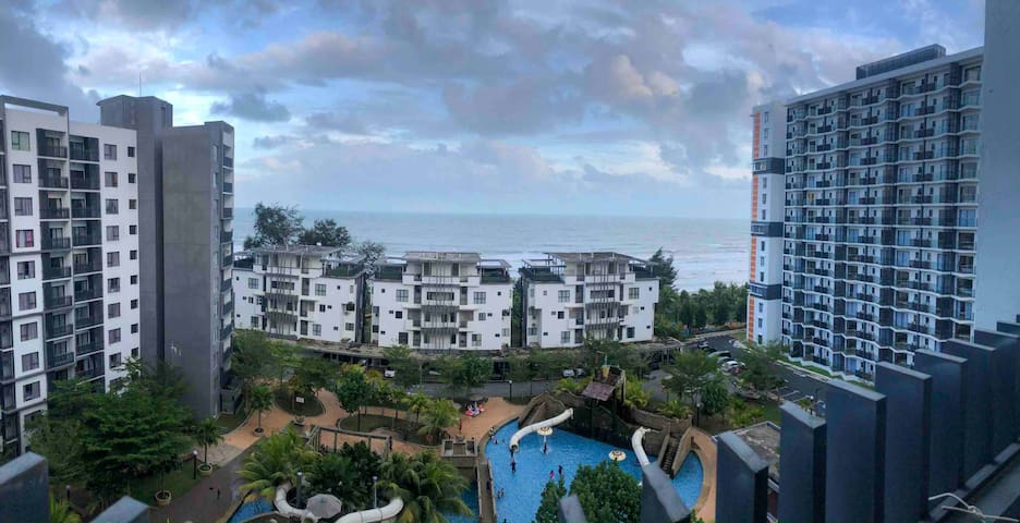 Comfortable 2 Bedroom Beach View Condo