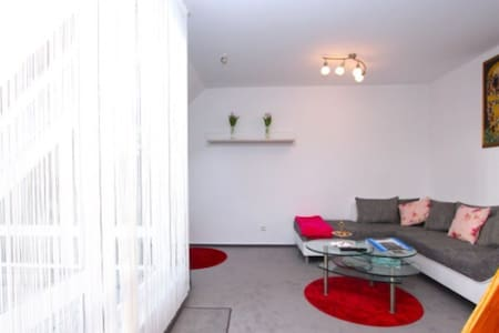 Ruhige&Citynahe helle Wohnung/Zimmer in Hannover - Hannover