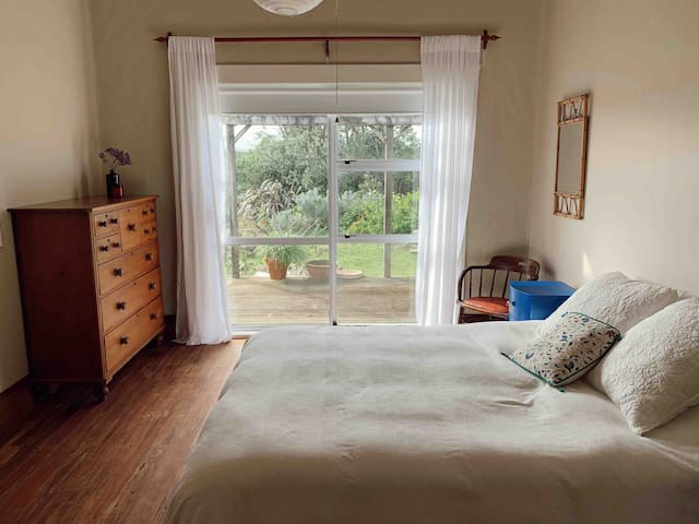 Second queen bedroom - can be made up for 3 or more people (or on request, extra person charge applies).