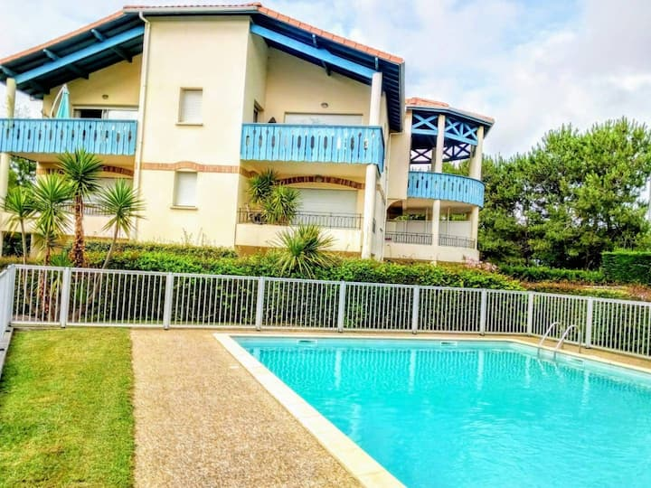 Superbe T2 de 45m² Anglet avec piscine et terrasse