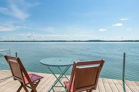 Large Lake Front House in Madison