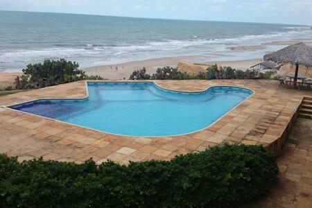 Casa na Paradisíaca Praia das Fontes - Beberibe