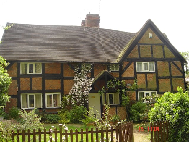 Beehive Cottage in Coventry - Coventry - Huis