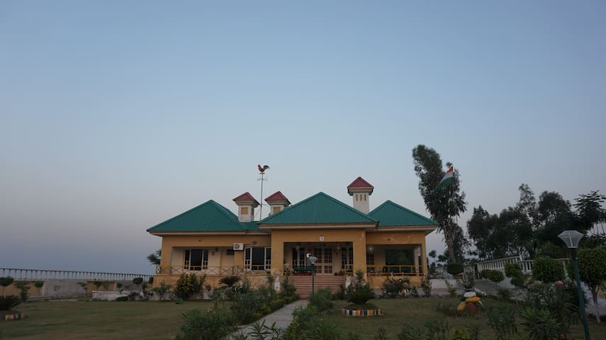 The Foot Hills Villa