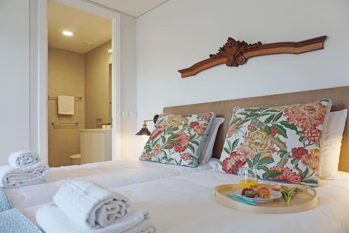 Porto View 0B: STUDIO Apartment