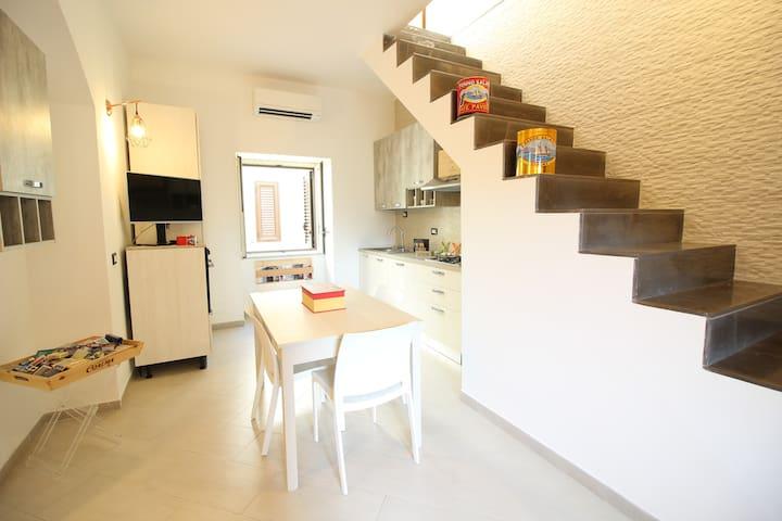 Sunny Apartment in Palermo Center :)