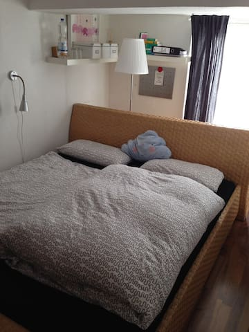 Gemütliches Zimmer mit perfekter Anbindung. - Hannover - Apartament