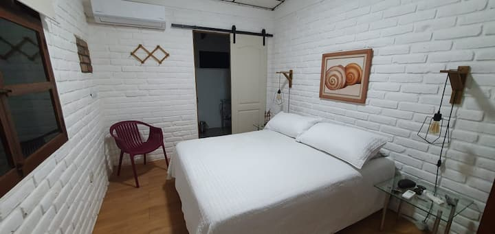 "Private Bedroom ""1""  - Nuez Aki Beach House"